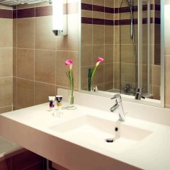 Отель Mercure Toulouse Centre Wilson Capitole hotel Франция, Тулуза - отзывы, цены и фото номеров - забронировать отель Mercure Toulouse Centre Wilson Capitole hotel онлайн ванная