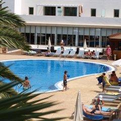 R2 Bahía Playa Design Hotel & Spa Wellness - Adults Only бассейн