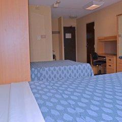 Отель Chestnut Residence and Conference Centre - University of Toronto удобства в номере