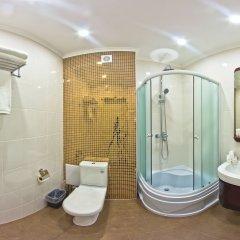 Отель Гарден Отель Кыргызстан, Бишкек - отзывы, цены и фото номеров - забронировать отель Гарден Отель онлайн ванная