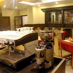 Отель Quay Apartments Thamel Непал, Катманду - отзывы, цены и фото номеров - забронировать отель Quay Apartments Thamel онлайн питание фото 3