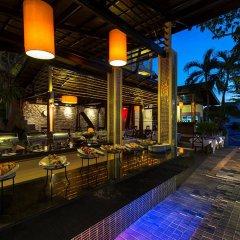Отель Chanalai Flora Resort, Kata Beach питание фото 3