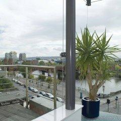 Отель Holiday Inn Express Glasgow City Centre Riverside балкон