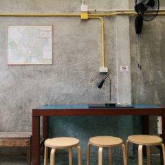 Petit Hostel гостиничный бар