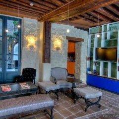 Отель Fontaines Du Luxembourg Париж интерьер отеля фото 2