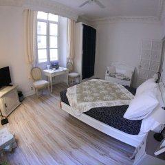Апартаменты L'Oustaria, Apartment - Old Town комната для гостей