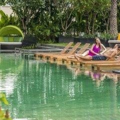 Отель Holiday Inn Bangkok Sukhumvit Бангкок приотельная территория