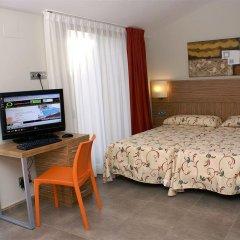 Отель Aparthotel Odissea Park Испания, Санта-Сусанна - отзывы, цены и фото номеров - забронировать отель Aparthotel Odissea Park онлайн