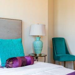 Отель Maison Privee - Burj Residence Дубай сейф в номере
