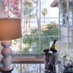 Отель Milo Santa Barbara интерьер отеля
