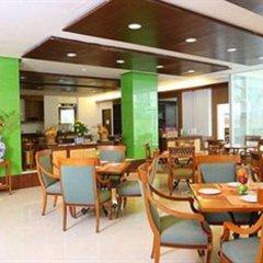 Отель Royal View Resort Таиланд, Бангкок - 5 отзывов об отеле, цены и фото номеров - забронировать отель Royal View Resort онлайн питание фото 3