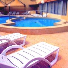Отель Mavina Hotel and Apartments Мальта, Каура - 5 отзывов об отеле, цены и фото номеров - забронировать отель Mavina Hotel and Apartments онлайн бассейн фото 2