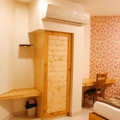 Отель River view Индия, Нью-Дели - отзывы, цены и фото номеров - забронировать отель River view онлайн сейф в номере