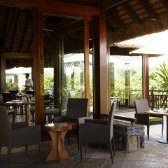 Отель Shangri-La's Le Touessrok Resort & Spa гостиничный бар