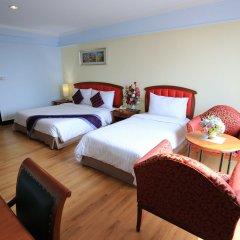 Karnmanee Palace Hotel комната для гостей фото 4