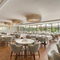Wyndham Grand Istanbul Kalamis Marina Турция, Стамбул - 7 отзывов об отеле, цены и фото номеров - забронировать отель Wyndham Grand Istanbul Kalamis Marina онлайн питание фото 2