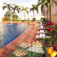 Отель Grand Copthorne Waterfront Сингапур, Сингапур - отзывы, цены и фото номеров - забронировать отель Grand Copthorne Waterfront онлайн бассейн фото 2