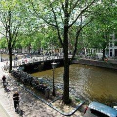 Отель 1637 Historic Canal View Suites Нидерланды, Амстердам - отзывы, цены и фото номеров - забронировать отель 1637 Historic Canal View Suites онлайн приотельная территория фото 2