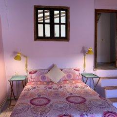 Отель La Antigua Casa de Pedro Chicote Испания, Саэлисес - отзывы, цены и фото номеров - забронировать отель La Antigua Casa de Pedro Chicote онлайн комната для гостей фото 3
