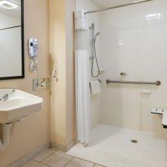 Отель The Varsity Inn США, Колумбус - отзывы, цены и фото номеров - забронировать отель The Varsity Inn онлайн ванная