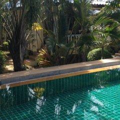 Отель Naya Bungalow бассейн
