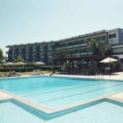 Отель Afandou Beach Resort бассейн