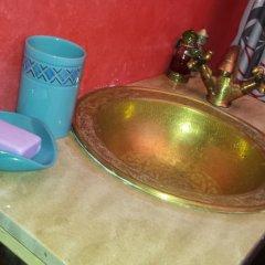 Отель Riad La Porte Du Bouregreg ванная фото 2