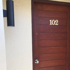 Отель Non Du Lay Guesthouse Ланта сейф в номере