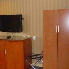Отель Executive Hotel & Conference Center, Burnaby Канада, Бурнаби - отзывы, цены и фото номеров - забронировать отель Executive Hotel & Conference Center, Burnaby онлайн удобства в номере