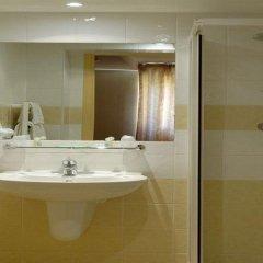 Отель Hôtel Régence Франция, Ницца - отзывы, цены и фото номеров - забронировать отель Hôtel Régence онлайн ванная фото 2