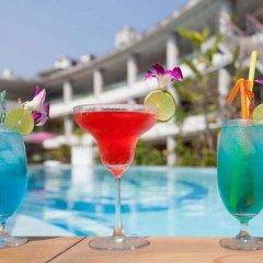 Отель The Bliss South Beach Patong гостиничный бар