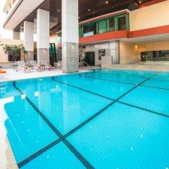 Отель Bandara Suites Silom Bangkok бассейн фото 2