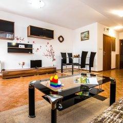 Апартаменты Apartments in Pesspa Complex комната для гостей фото 2