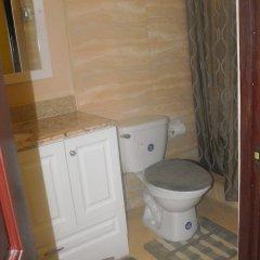 Отель Tropik Leadonna Ямайка, Монтего-Бей - отзывы, цены и фото номеров - забронировать отель Tropik Leadonna онлайн ванная фото 2