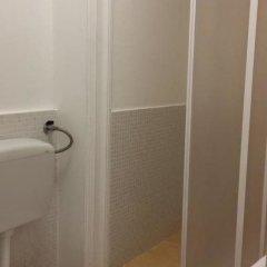 Отель Mamamia Hostel and Guesthouse Италия, Палермо - отзывы, цены и фото номеров - забронировать отель Mamamia Hostel and Guesthouse онлайн ванная