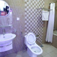 Отель Alpine Hotel & Apartment Непал, Катманду - отзывы, цены и фото номеров - забронировать отель Alpine Hotel & Apartment онлайн ванная