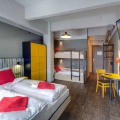 Отель Meininger Brussels City Center Брюссель комната для гостей фото 4
