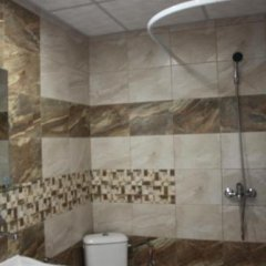Отель Daskalov Bungalows Боженци ванная