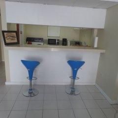 Отель Skyclub Beach Suite at Mobay Club Ямайка, Монтего-Бей - отзывы, цены и фото номеров - забронировать отель Skyclub Beach Suite at Mobay Club онлайн в номере фото 2
