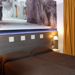 Отель Ciutadella Испания, Курорт Росес - 1 отзыв об отеле, цены и фото номеров - забронировать отель Ciutadella онлайн комната для гостей фото 2