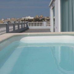 Отель Blanq Carmen Hotel Испания, Валенсия - отзывы, цены и фото номеров - забронировать отель Blanq Carmen Hotel онлайн бассейн фото 2