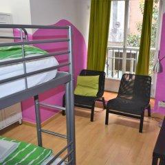 Hostel Era Мадрид балкон