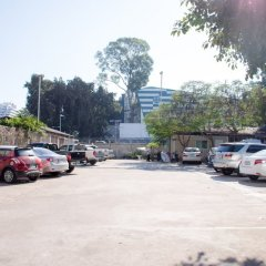 Basaya Beach Hotel & Resort парковка