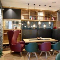 Отель Parks 73 The TownHouse Hotel Австрия, Вена - отзывы, цены и фото номеров - забронировать отель Parks 73 The TownHouse Hotel онлайн гостиничный бар