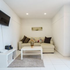 Апартаменты MalagaSuite Fuengirola Beach Apartment Фуэнхирола комната для гостей фото 2