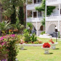 Отель Porfi Beach Hotel Греция, Ситония - 1 отзыв об отеле, цены и фото номеров - забронировать отель Porfi Beach Hotel онлайн детские мероприятия фото 2