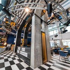 Отель D8 Hotel Венгрия, Будапешт - отзывы, цены и фото номеров - забронировать отель D8 Hotel онлайн спортивное сооружение