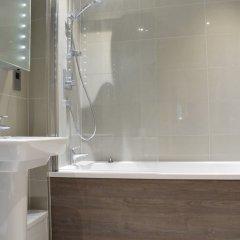 Отель 1 Bedroom Flat In Belsize Park Лондон ванная