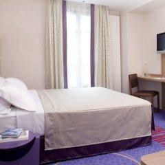 Hotel de Sevigne сейф в номере