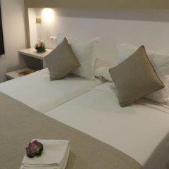 Отель Hostal la Pasajera Испания, Кониль-де-ла-Фронтера - отзывы, цены и фото номеров - забронировать отель Hostal la Pasajera онлайн сейф в номере